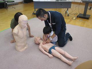 日本赤十字講習会 ~子どもの手当・事故防止~